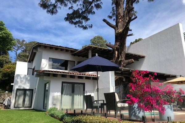 Foto de casa en venta en vega del valle, club de golf , avándaro, valle de bravo, méxico, 0 No. 01