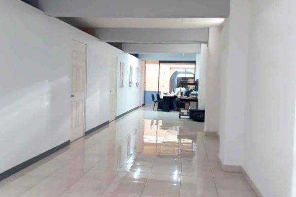 Foto de edificio en venta en  , ventura puente, morelia, michoacán de ocampo, 16965400 No. 01