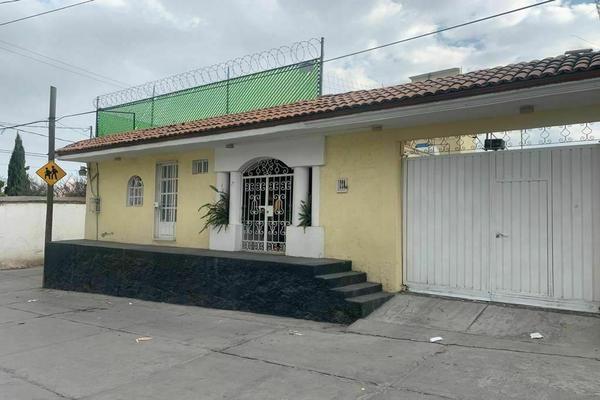 Foto de casa en venta en venustiano carranza, san juan tilapa, 50290 san juan tilapa, méx., méxico , santa cruz atzcapotzaltongo centro, toluca, méxico, 0 No. 01