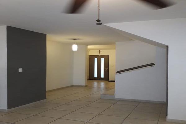 Foto de casa en renta en vía alcalá , cumbres de santa clara 1 sector, monterrey, nuevo león, 10178895 No. 02