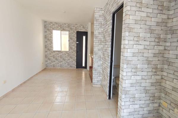 Foto de casa en venta en via lazio , villas premier, apodaca, nuevo león, 21016372 No. 03