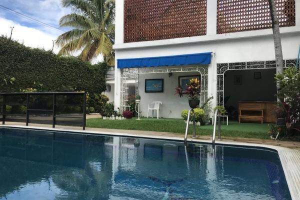 Foto de casa en venta en  , vicente estrada cajigal, cuernavaca, morelos, 12277461 No. 01
