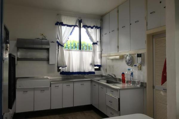 Foto de casa en venta en  , vicente estrada cajigal, cuernavaca, morelos, 12277461 No. 10