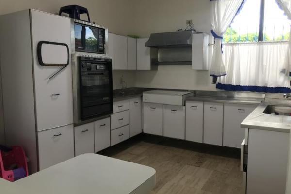 Foto de casa en venta en  , vicente estrada cajigal, cuernavaca, morelos, 12277461 No. 16