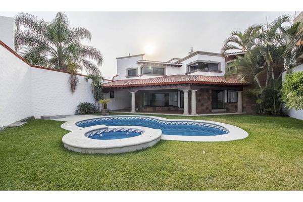 Foto de casa en venta en  , vicente estrada cajigal, cuernavaca, morelos, 6201857 No. 01