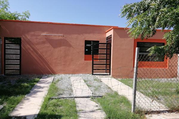 Foto de casa en venta en vicente guerrero , fstse, victoria, tamaulipas, 15220821 No. 01