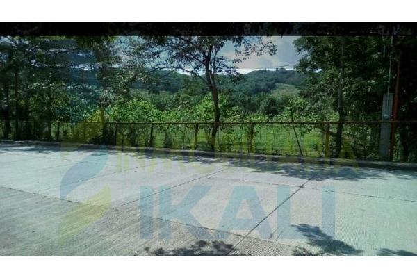 Foto de terreno habitacional en venta en  , vicente herrera, poza rica de hidalgo, veracruz de ignacio de la llave, 5830746 No. 02