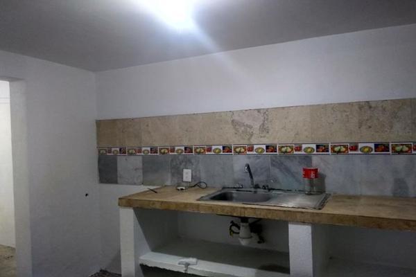 Foto de casa en venta en vicente lombardo toledo 999, infonavit la estancia, colima, colima, 7515730 No. 02