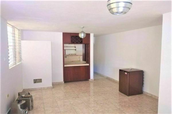 Foto de casa en venta en  , vicente solis, mérida, yucatán, 20484996 No. 02