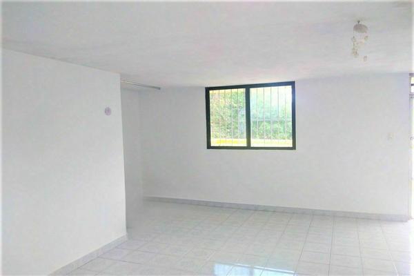 Foto de casa en venta en  , vicente solis, mérida, yucatán, 20484996 No. 03