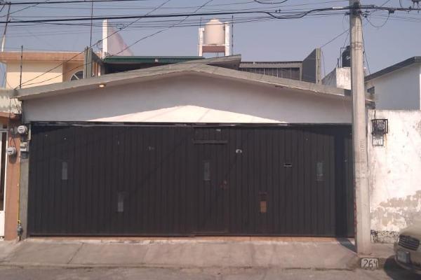 Foto de casa en venta en  , villa de las flores 2a sección (unidad coacalco), coacalco de berriozábal, méxico, 7940291 No. 01