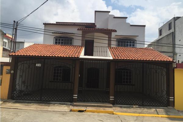 Foto de casa en venta en  , villa de los arcos, centro, tabasco, 8258241 No. 01