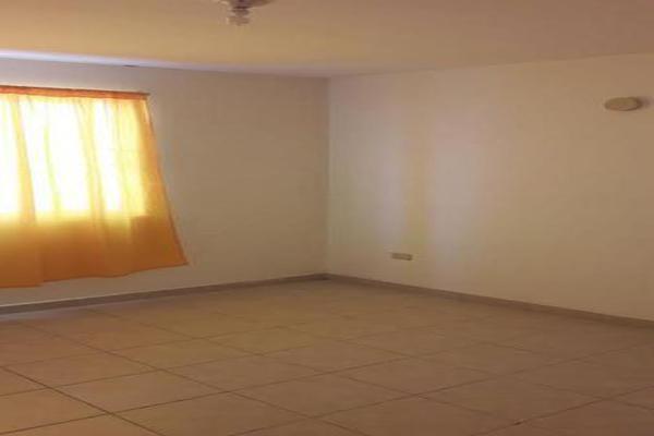 Foto de casa en venta en  , villa florida, reynosa, tamaulipas, 7960510 No. 02