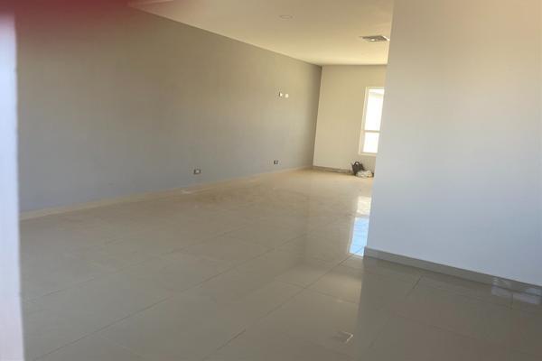 Foto de casa en venta en  , villa juárez (rancheria juárez), chihuahua, chihuahua, 20355693 No. 02