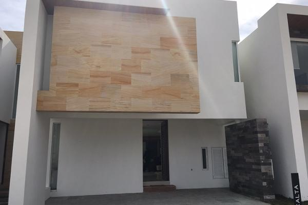 Foto de casa en venta en  , villa magna, san luis potosí, san luis potosí, 2636193 No. 01