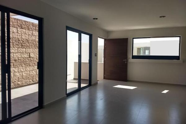Foto de casa en venta en  , villa magna, san luis potosí, san luis potosí, 7856962 No. 02