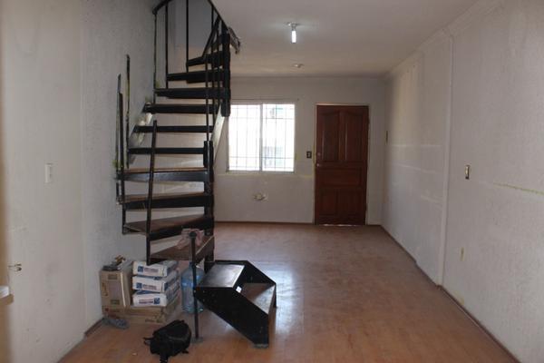 Foto de casa en venta en  , villa real 3ra secc, tecámac, méxico, 0 No. 02