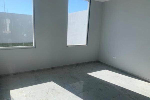 Foto de casa en venta en  , villas de las perlas, torreón, coahuila de zaragoza, 8850090 No. 03