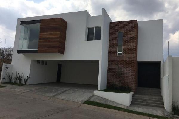 Foto de casa en venta en  , colinas de león, león, guanajuato, 8102551 No. 01