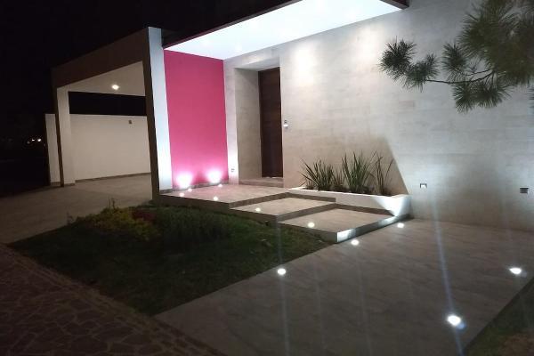 Foto de casa en venta en  , colinas de león, león, guanajuato, 8671743 No. 01