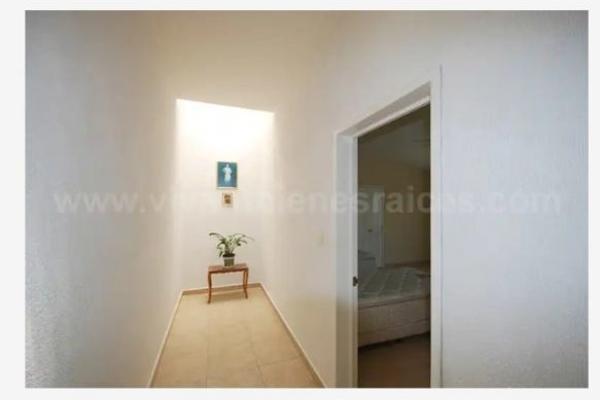 Foto de casa en venta en  , villas del mesón, querétaro, querétaro, 14035140 No. 03