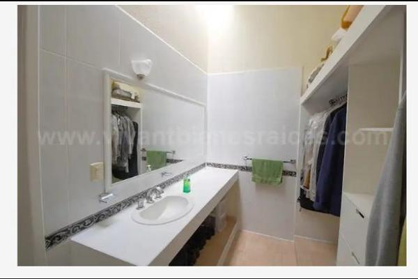 Foto de casa en venta en  , villas del mesón, querétaro, querétaro, 14035140 No. 04