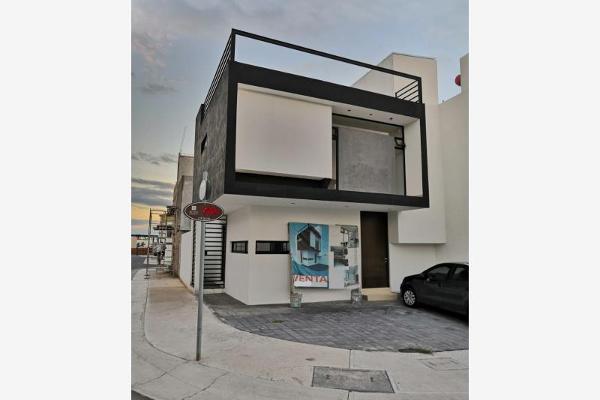 Foto de casa en venta en  , villas del refugio, querétaro, querétaro, 6130128 No. 01