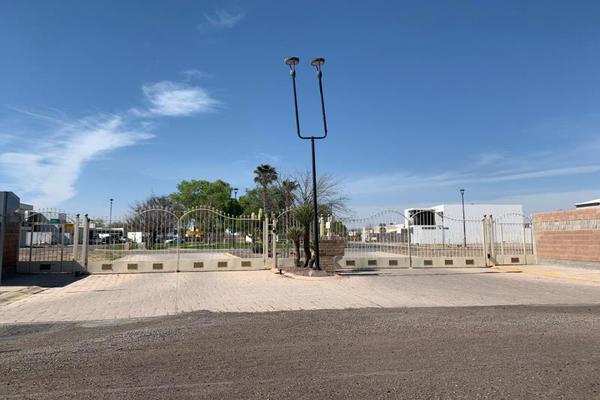 Foto de terreno habitacional en venta en  , villas del renacimiento, torreón, coahuila de zaragoza, 0 No. 03
