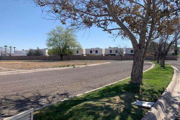 Foto de terreno habitacional en venta en  , villas del renacimiento, torreón, coahuila de zaragoza, 0 No. 10