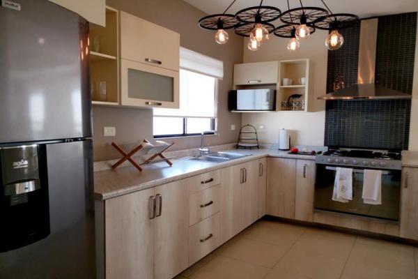 Foto de casa en venta en  , villas del renacimiento, torreón, coahuila de zaragoza, 7536120 No. 02