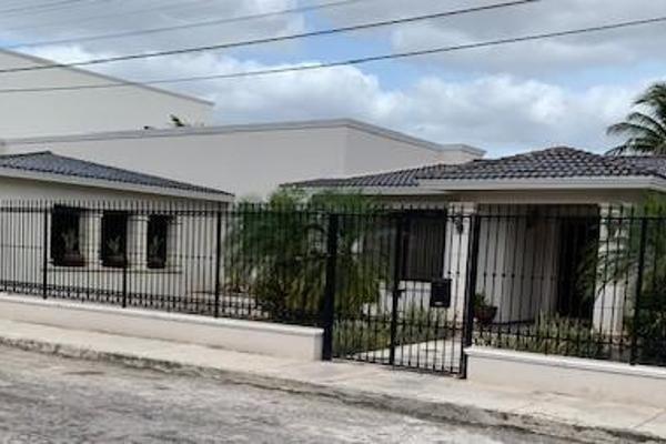 Foto de casa en venta en  , villas del sol, mérida, yucatán, 0 No. 02