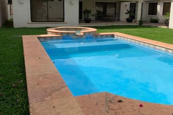 Foto de casa en venta en  , villas del sol, mérida, yucatán, 0 No. 06