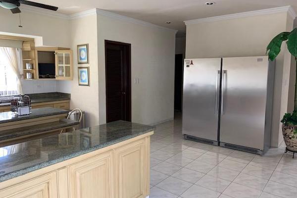 Foto de casa en venta en  , villas del sol, mérida, yucatán, 0 No. 42