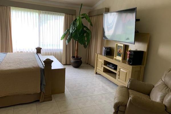 Foto de casa en venta en  , villas del sol, mérida, yucatán, 0 No. 49