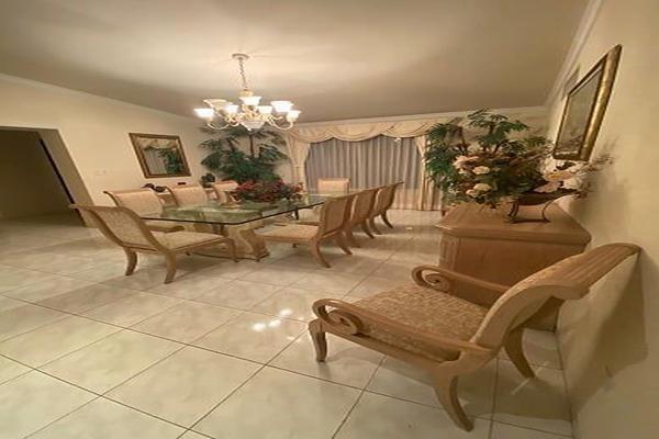Foto de casa en venta en  , villas del sol, mérida, yucatán, 13397719 No. 13