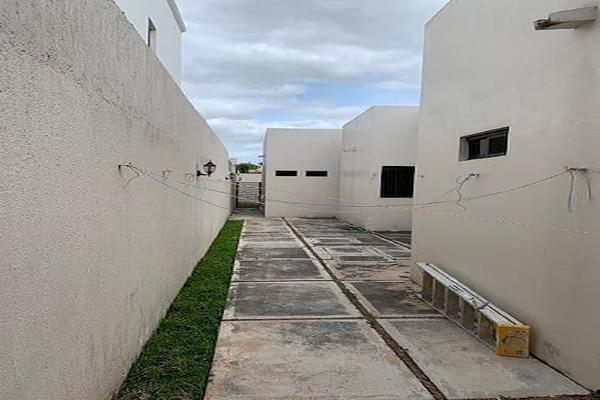 Foto de casa en venta en  , villas del sol, mérida, yucatán, 13397719 No. 23