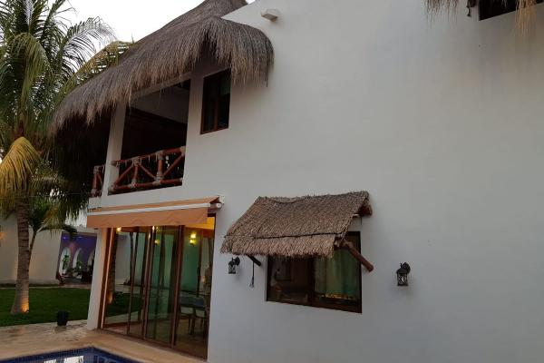 Foto de casa en venta en  , villas del sol, mérida, yucatán, 14027546 No. 02