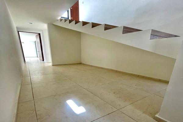 Foto de casa en venta en  , villas del sur, mérida, yucatán, 15953718 No. 09