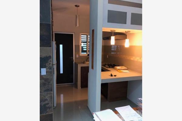 Foto de casa en renta en  , villas diamante, villa de álvarez, colima, 5822832 No. 02