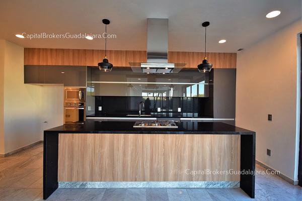 Foto de casa en venta en  , virreyes residencial, zapopan, jalisco, 5853463 No. 02