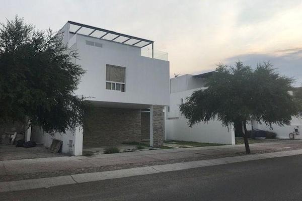 Foto de casa en venta en  , vista alegre 2a secc, querétaro, querétaro, 14021095 No. 01