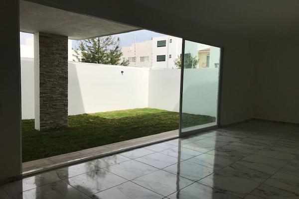 Foto de casa en venta en  , vista alegre 2a secc, querétaro, querétaro, 14021095 No. 03