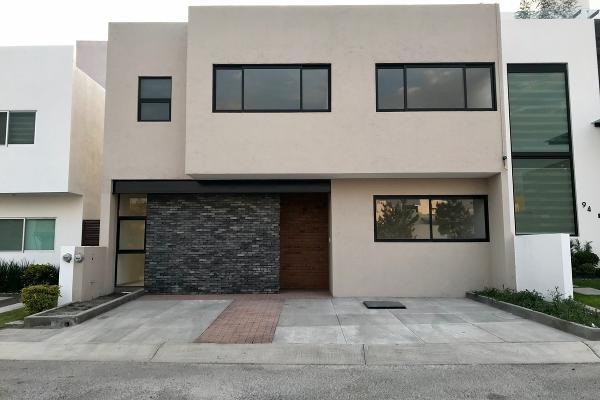 Foto de casa en venta en  , vista alegre 2a secc, querétaro, querétaro, 14033915 No. 01