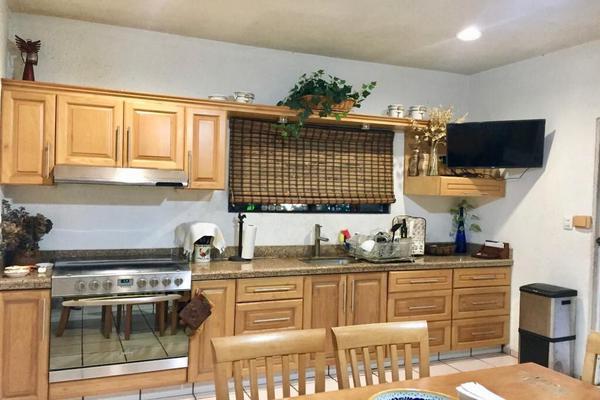 Foto de casa en venta en  , vista alegre, mérida, yucatán, 14028219 No. 05