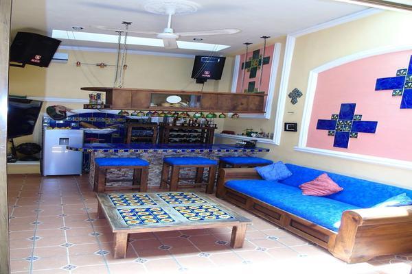 Foto de casa en venta en  , vista alegre norte, mérida, yucatán, 14028057 No. 02