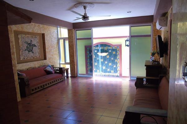 Foto de casa en venta en  , vista alegre norte, mérida, yucatán, 14028057 No. 06