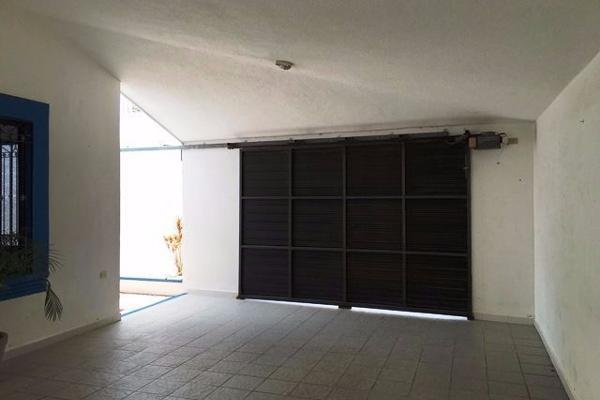 Foto de casa en venta en  , vista alegre norte, mérida, yucatán, 14028061 No. 02