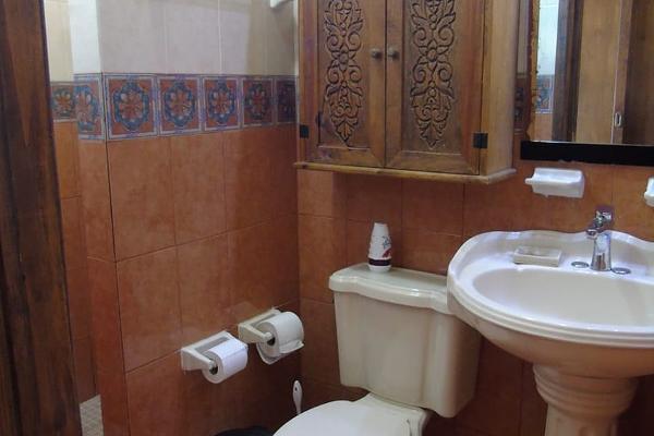 Foto de casa en venta en  , vista alegre norte, mérida, yucatán, 5683491 No. 04