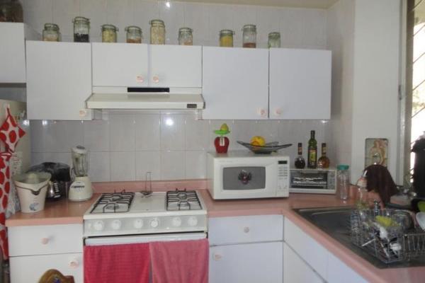 Foto de casa en venta en s/c , vista bella, morelia, michoacán de ocampo, 2694691 No. 03