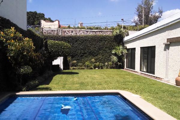 Foto de casa en venta en  , vista hermosa, cuernavaca, morelos, 2639861 No. 01